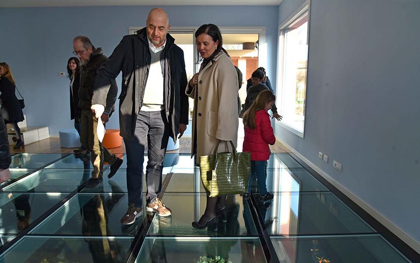 Carlo Bucci e Barbara Lori durante l'inaugurazione scuola dell'infanzia Montechiarugolo realizzata da Bucci Spa