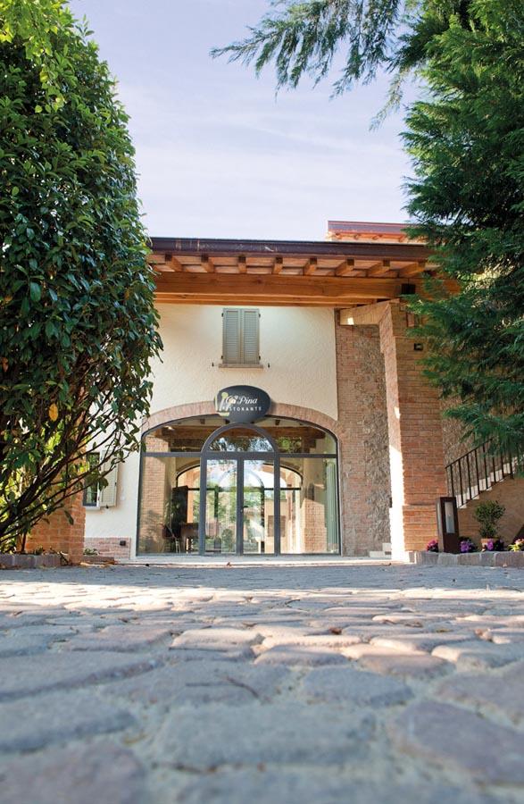 Ristorante Ca Pina a Parma realizzato da Bucci Spa