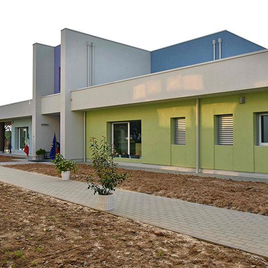 Scuola materna di Montechiarugolo realizzata da Bucci Spa